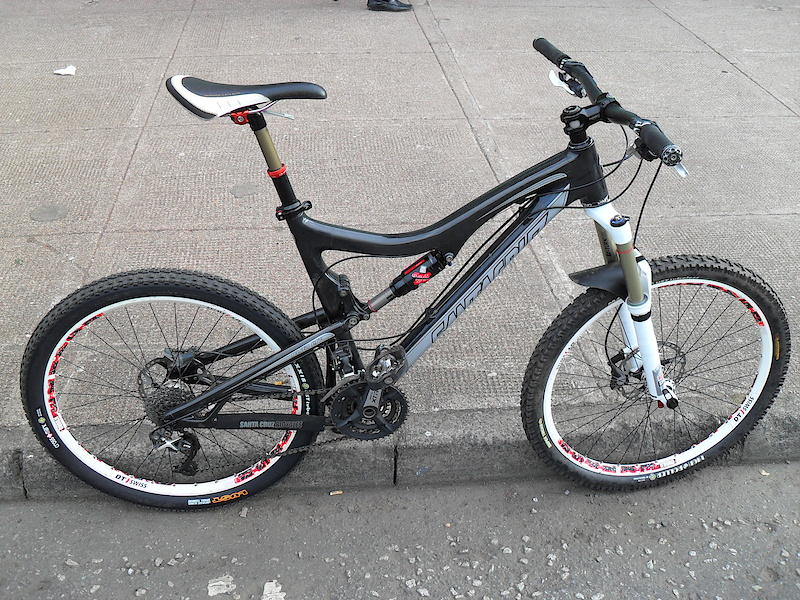 Pinkbike Buy Sell >> Show me black bikes with white forks (and wheels ...