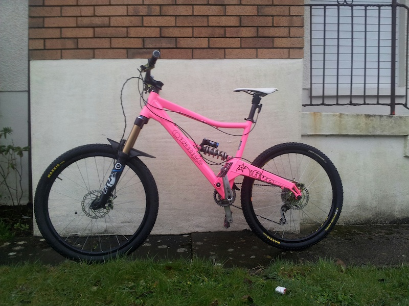 "Orange Five 20"" in MTBcut pink with all the top Fox and ..."